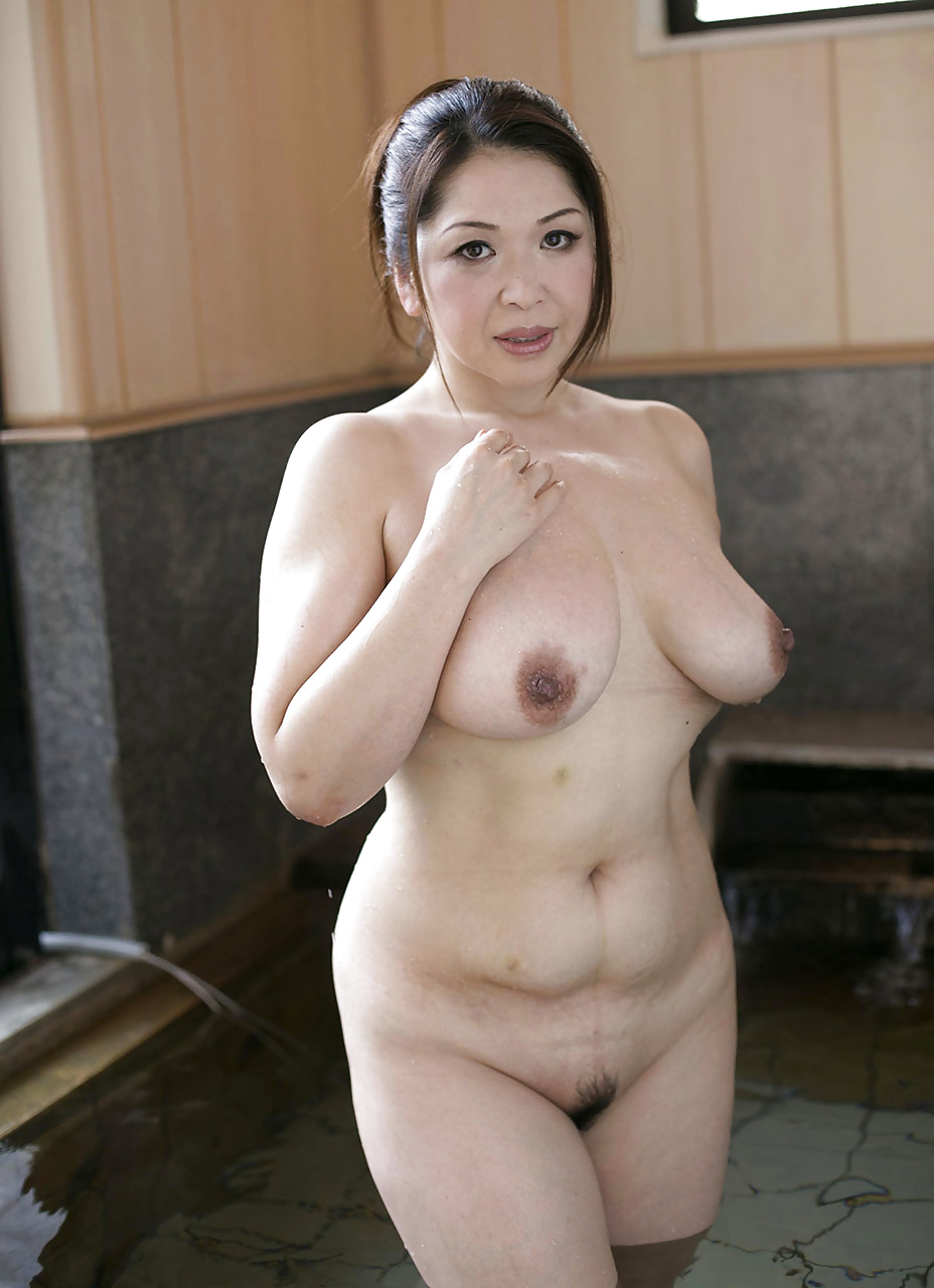 Naked with big boob for free